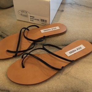 Steve Madden BRAND NEW size 9 WISE black sandals